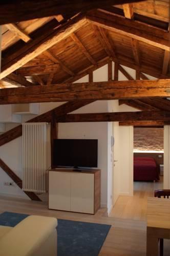 Photo 15 - Poli Grappa Suite