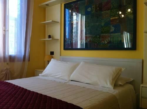 Photo 1 - Nina Venice Apartment
