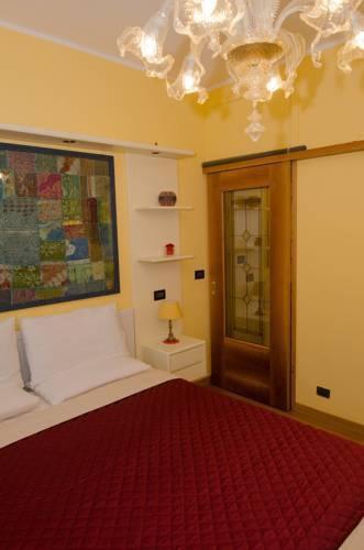 Photo 11 - Nina Venice Apartment