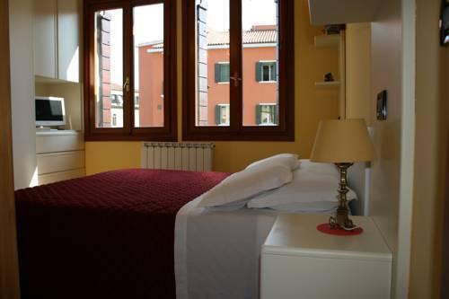 Photo 33 - Nina Venice Apartment