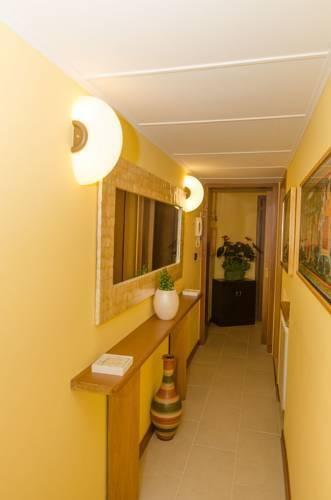 Photo 12 - Nina Venice Apartment