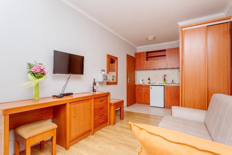Photo 20 - Apartments Perper