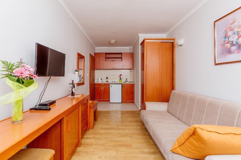 Photo 12 - Apartments Perper