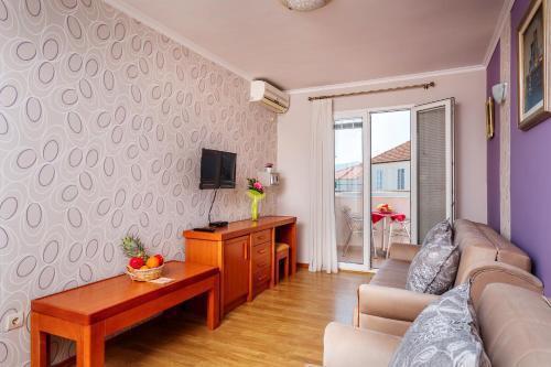 Photo 21 - Apartments Perper