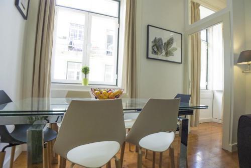 Foto 2 - LV Premier Apartments Baixa- CR