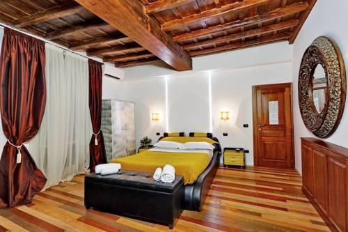 Photo 6 - Charming Apartment Hub Spagna