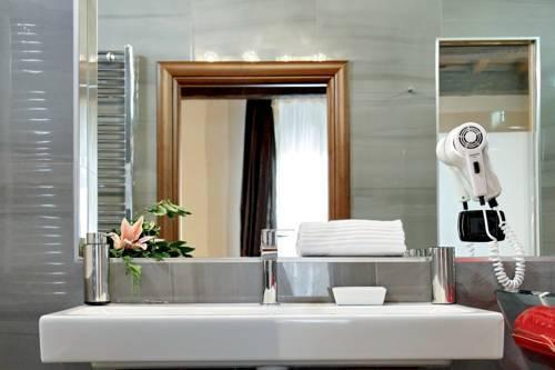 Photo 32 - Charming Apartment Hub Spagna