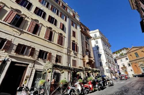 Photo 9 - Charming Apartment Hub Spagna