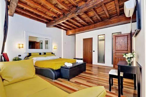 Photo 36 - Charming Apartment Hub Spagna
