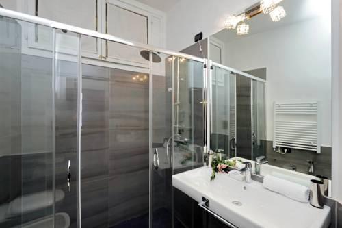 Photo 11 - Charming Apartment Hub Spagna