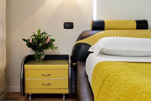 Photo 7 - Charming Apartment Hub Spagna