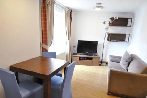 Photo 10 - Kensington Hotel Apartments