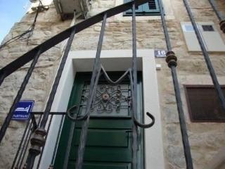 Photo 1 - Apartments Zdravko