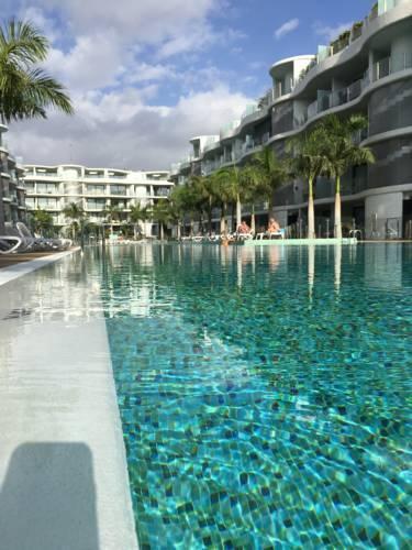 Photo 14 - Aqua Luxury Suites Los Cristianos