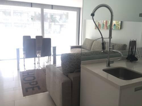 Photo 20 - Aqua Luxury Suites Los Cristianos