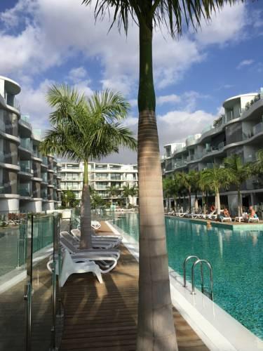 Photo 17 - Aqua Luxury Suites Los Cristianos
