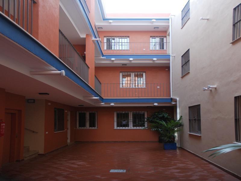 Foto 3 - Apartamentos Metropolis Sevilla