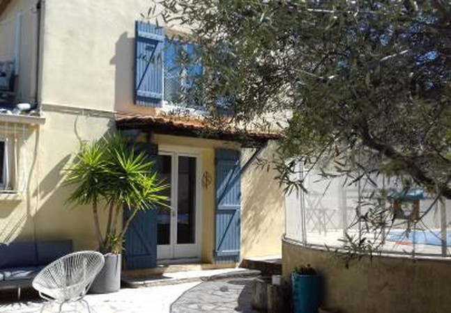 Photo 1 - Villa in Marseille with swimming pool