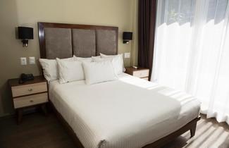 Photo 1 - Suites Lerma 205
