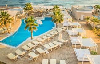 Foto 1 - Parthenis Beach, Suites by the Sea