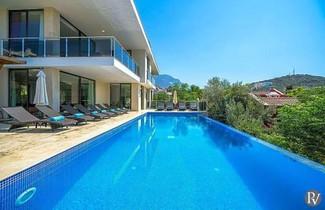 Foto 1 - Kalkan Villa Sleeps 16 Pool Air Con WiFi