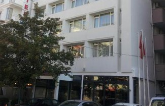 Foto 1 - First Apart Hotel