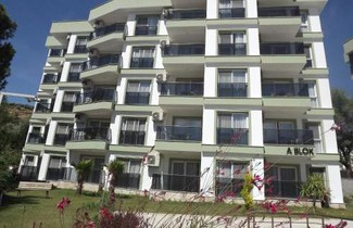 Photo 1 - Opus Apart Hotel
