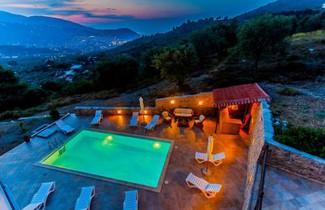 Photo 1 - Villa Evelyn