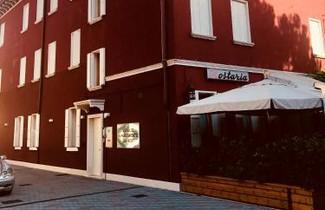 Photo 1 - Venice Apartments Dante