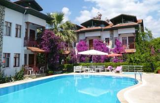 Photo 1 - B.C. Alya Hotel