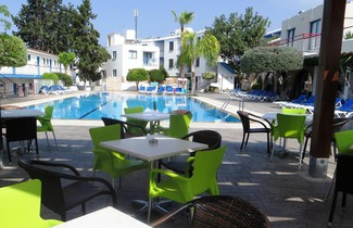 Photo 1 - Green Bungalows Hotel Apartments