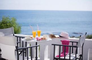 Photo 1 - Arlen Beach Hotel