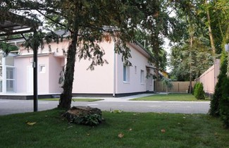 Photo 1 - Tóparti Apartmanház