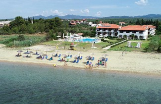 Photo 1 - Alkinoos Beach Hotel