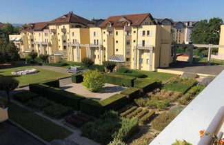 Foto 1 - Apartment in Saint-Julien-en-Genevois mit privater pool