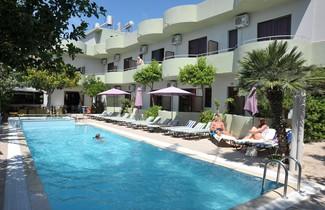 Photo 1 - Anseli Hotel