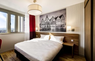 Photo 1 - Aparthotel Adagio Frankfurt City Messe