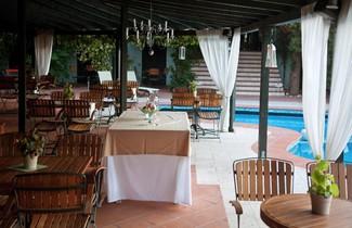 Photo 1 - Eden Hotel