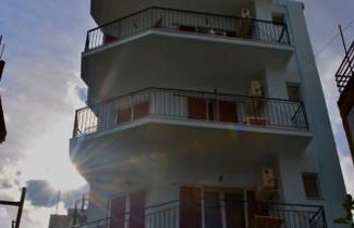 Foto 1 - Bob's Apartments