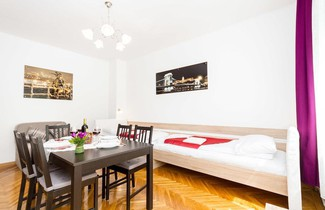 Foto 1 - Like Home - City Center - Style Apartment