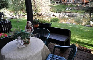 2 bedroom Condo in West Vail on the Gore Creek 1