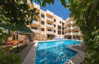 Photo 1 - Apartamentos Jovial