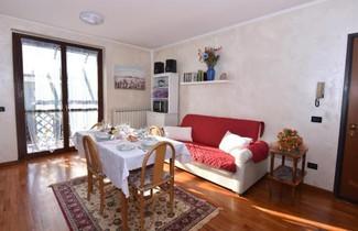 Photo 1 - Apartment in Roè Volciano with terrace