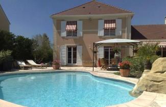 Photo 1 - Villa in Magny-le-Hongre mit privater pool