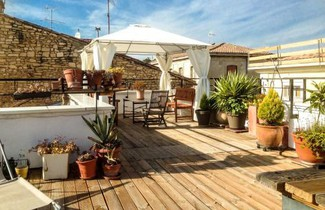 Photo 1 - Apartment in Nîmes with terrace