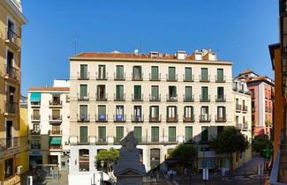 Photo 1 - Apartamentos La Latina