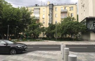 Smolenskaya/Arbat apartments 1