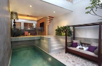 Photo 1 - Villa Kayu Raja