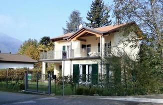 Photo 1 - Apartment in Maccagno con Pino e Veddasca mit terrasse