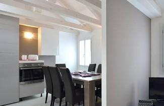 Rialto Deluxe Apartments 1